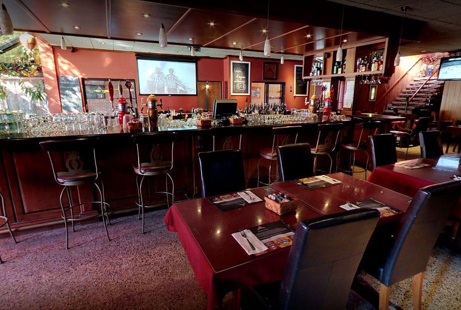 Restaurant Lachute Le Caucus bar et spectacles musique Live